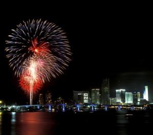 Fyrverkerier över Miami Beach.