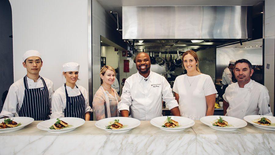 matlagning med kock på William Blue College of Hospitality Management