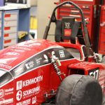 studera utomlands på swinburne university of technology, australien, melbourne, F1 car, red, garage,