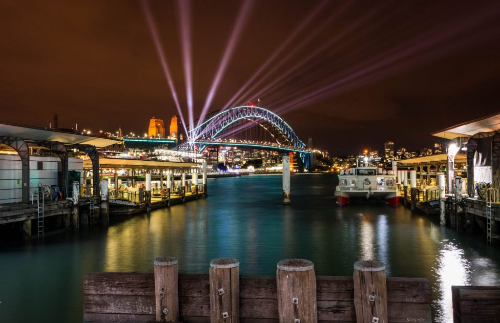 Sydney Harbour Bridge nattliv i storstaden