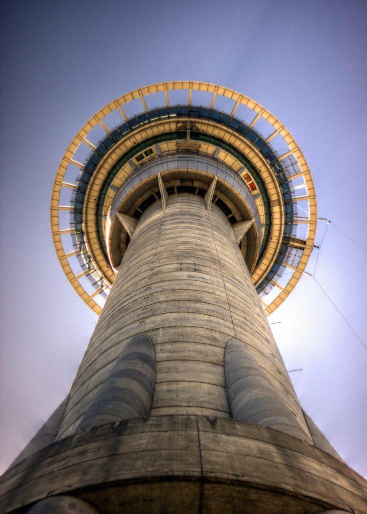Auckland Sky Towe, studera i Auckland och se sky tower oavsett var i staden du är, studera utomlands på University of Auckland