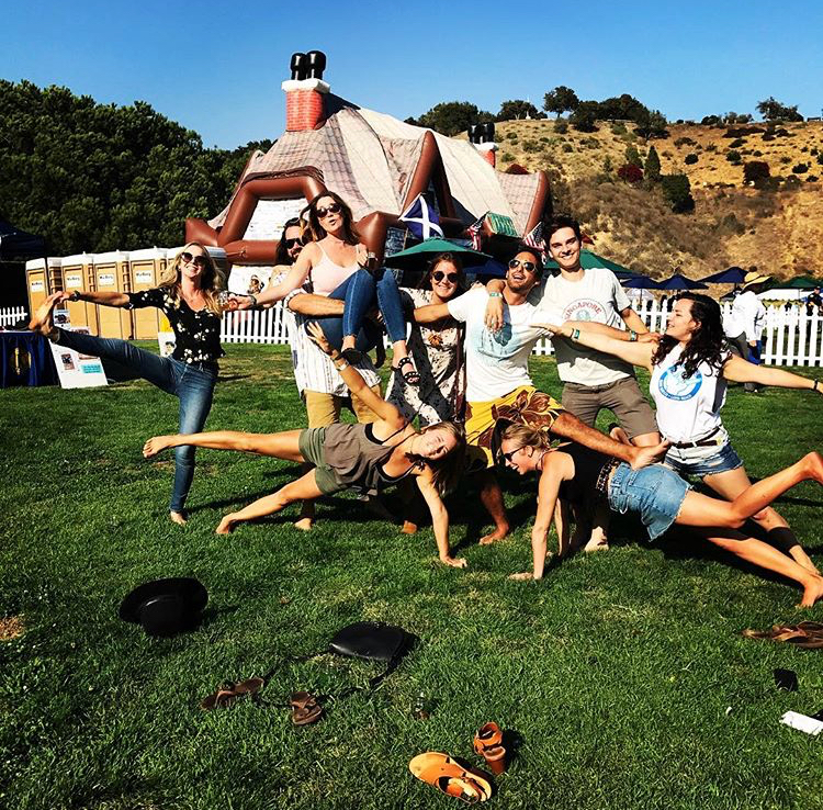 human pyramid, fun with friends, santa barbara city college, san diego state university, studera utomlands i usa, kalifornien