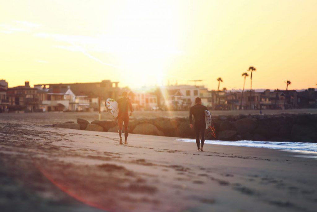 solnedgång_surfare_australien, studera, stanna kvar, bo, leva, arbeta, resa