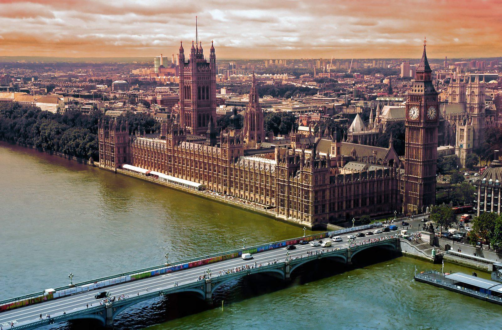 studera utomlands i England, London, Regent's University, Big Ben, Westminster Abby,