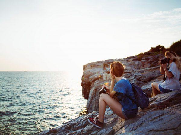 studera utomlands, äventyr, csn regler 2018, fotografera, vänner, klippa, vatten