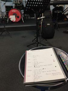 Studera utomlands på BIMM i London, band rep, inför ett gig, en vanlig skoldag, läs mer om Bellas upplevelse på BIMM London, BIMM London, UK