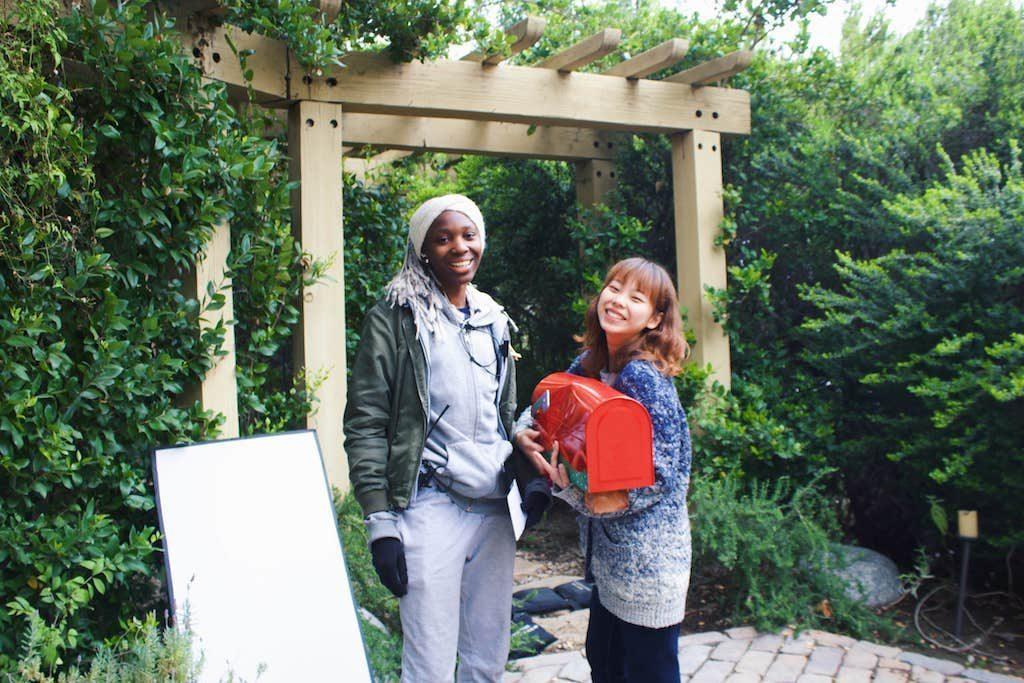 Alumnistudenten Furaha arbetar med Filmmaking och hennes nästa projekt tar henne tillbaka till Sverige.