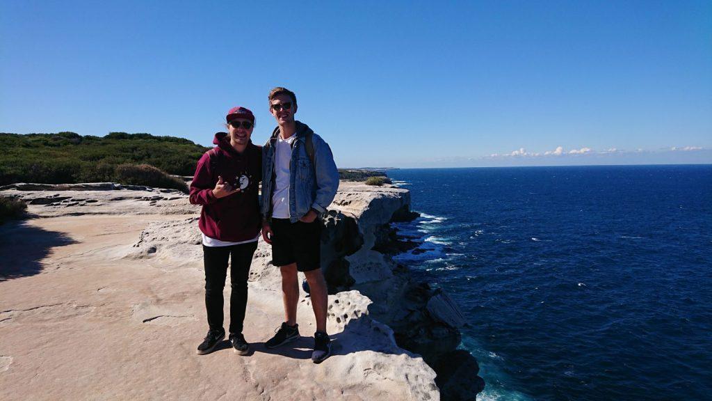 utlandsstudier på swinburne university of technology, blueberry student fabian, reseberättelse, melbourne, australien, äventyr, klippa, vatten, solsken, horisonten, vänner,