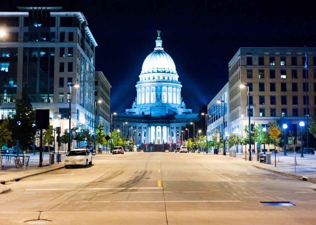 Studera utomlands i USA, på University of Wisconsin Madison. Ansök via BLueberry.nu