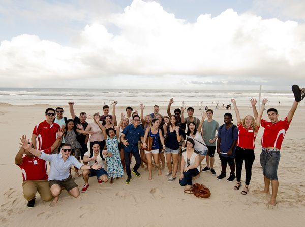 Studera utomlands i Australien, Queensland, Griffith University, Brisbane, Gold Coast, utlandsstudier, ansök via blueberry.nu, Griffith Mates, Internationella studenter, strand, vänner,