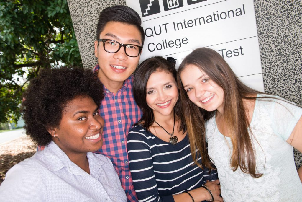 studera utomlands i australien, studera på queensland university of technology, qut, ansök via blueberry.nu