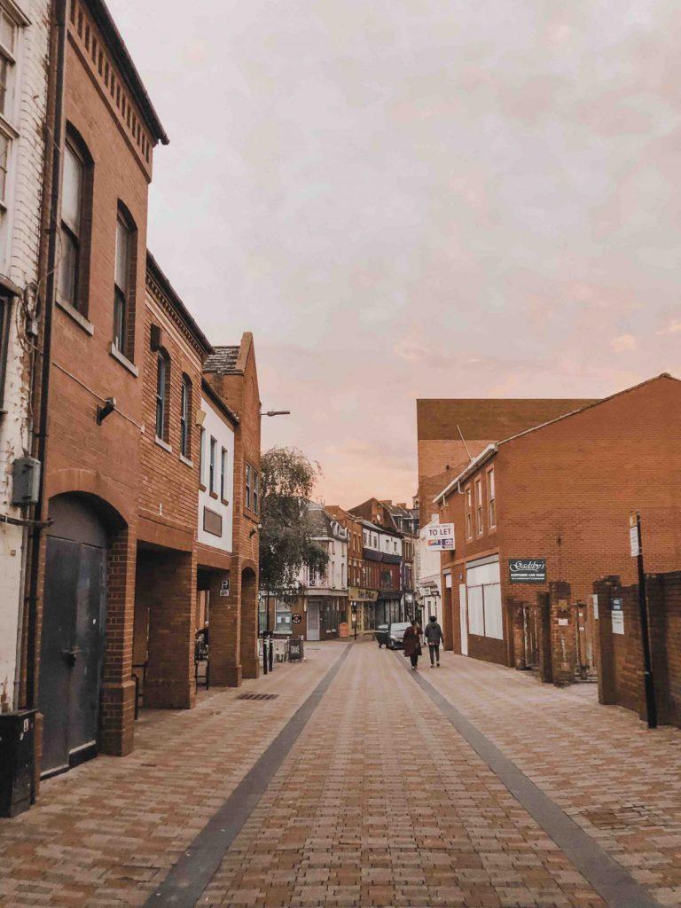 Gata i Leicester